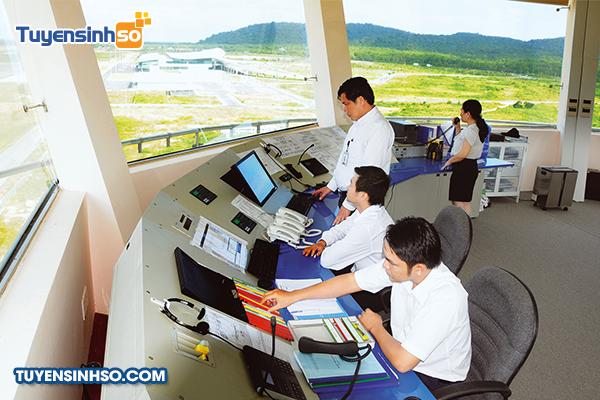 https://tuyensinhso.vn/images/files/tuyensinhso.com/nganh-quan-ly-hoat-dong-bay.jpg