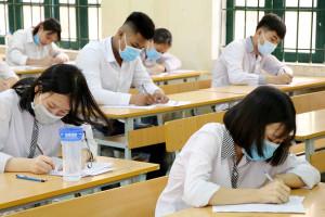 Giáo viên hướng dẫn ôn thi Lịch sử trong giai đoạn nước rút để đạt điểm cao thi tốt nghiệp THPT