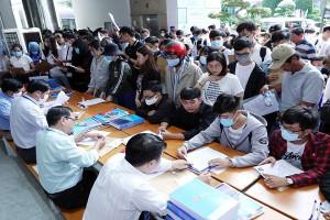 Hàng nghìn sinh viên có thể bị buộc thôi học và cảnh báo học vụ