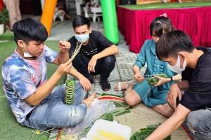 Trường Đại học lì xì 1 triệu đồng cho sinh viên ở lại ăn Tết